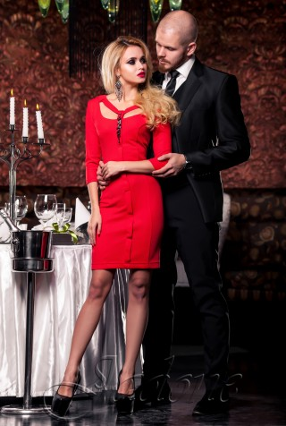 Платье Энжи красный