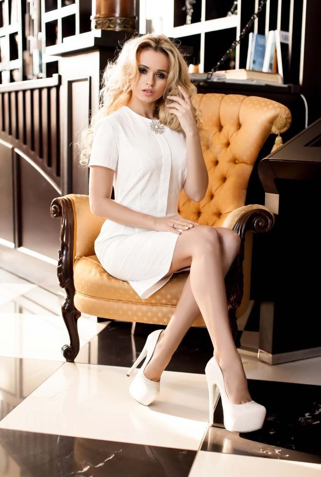 Платье Мовалли белый