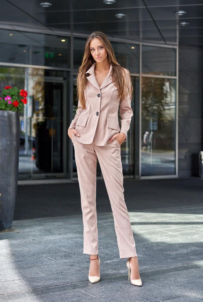 Костюм Зарина с брюками бежевый