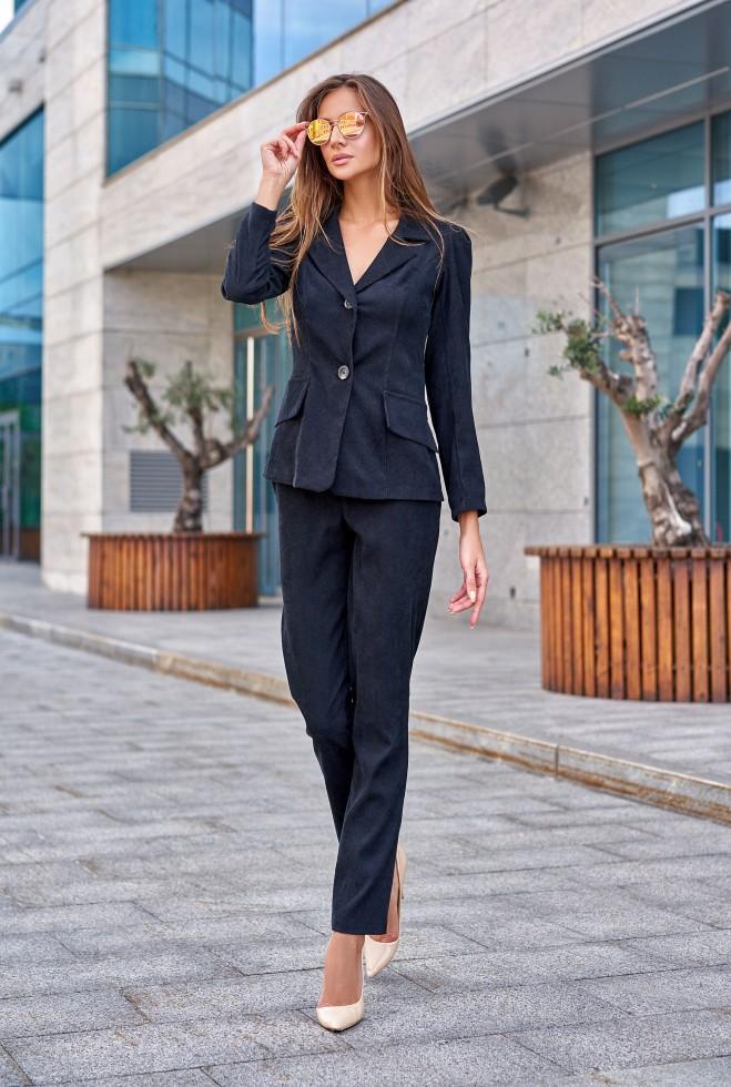Костюм Зарина с брюками черный