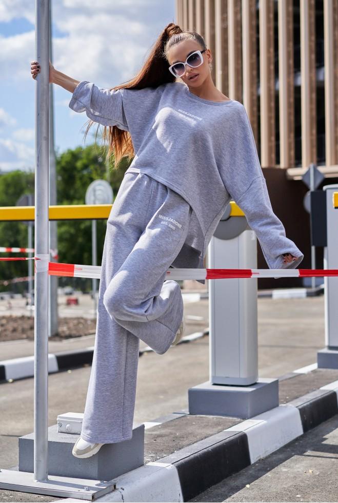Прогулочный костюм с кюлотами Лесси светло-серый