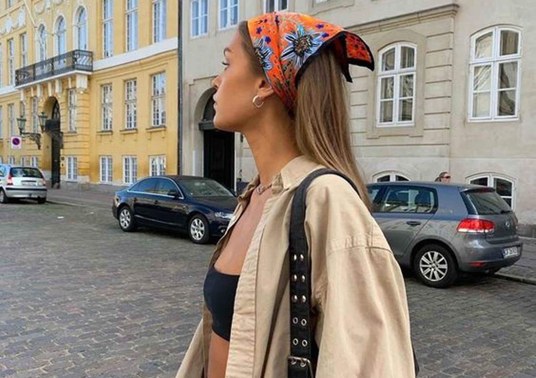 Способы носить платок этим летом