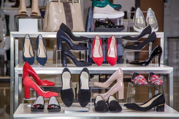 Фирма Jadone – производитель высококачественной одежды и обуви!